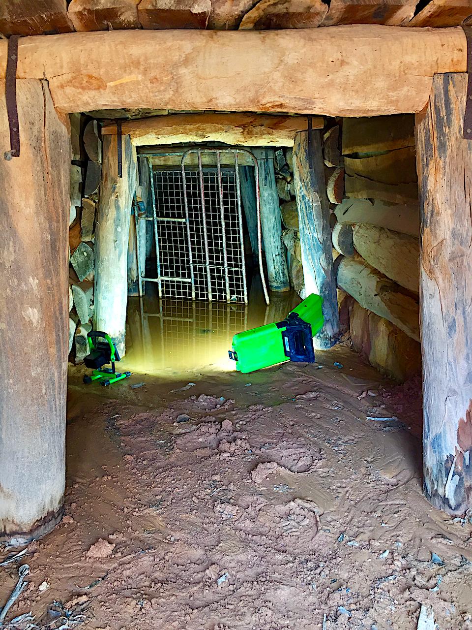 Disused mine at Talbot #mines #Talbot #Victoria #underground