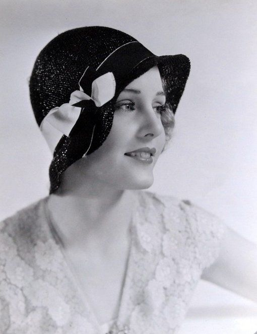 1930s womens hats old lady who wears straw hat 30s