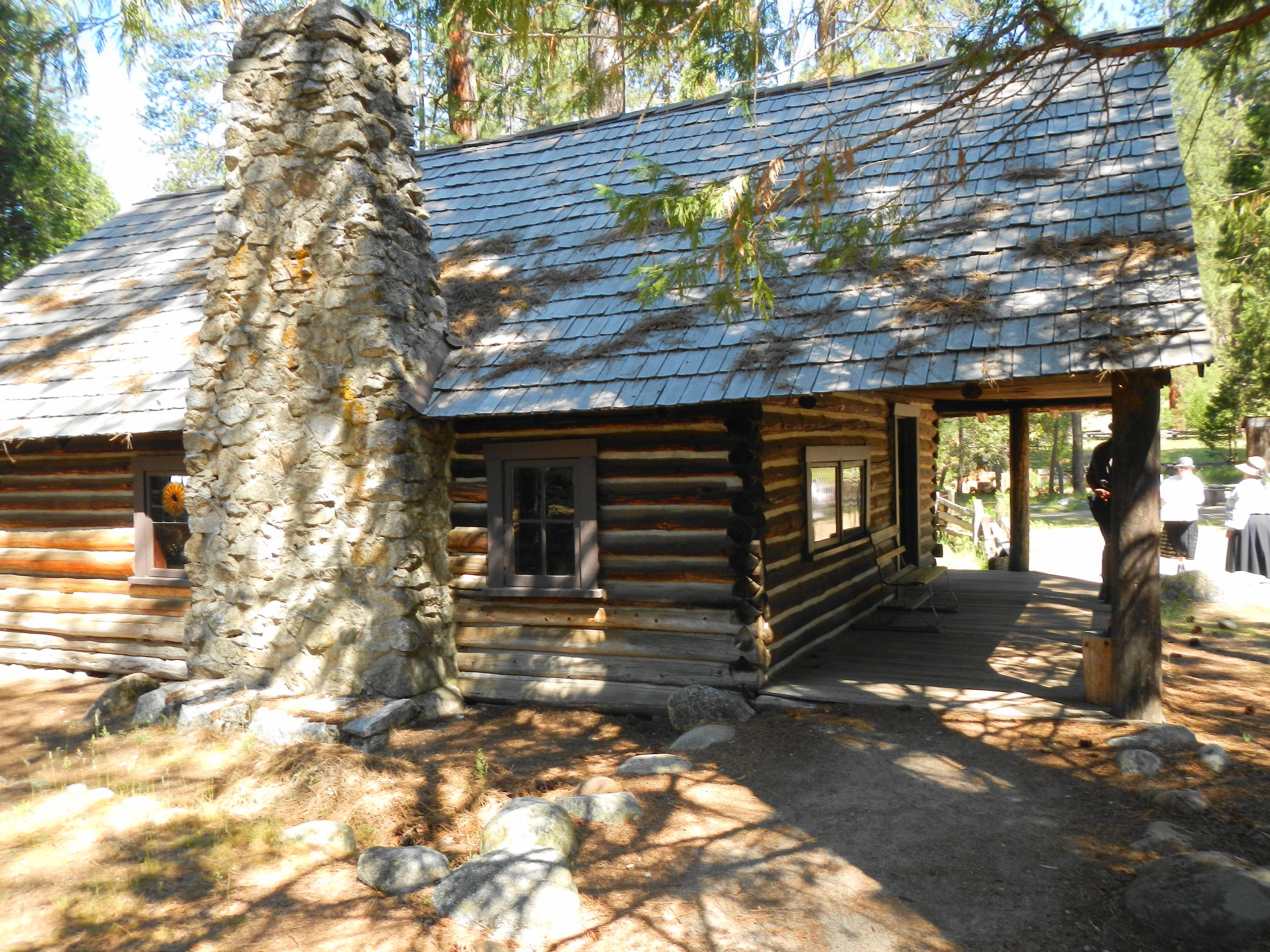 hostelling reviews mountain california wanderlove rustic cabins yosemite resort bug international