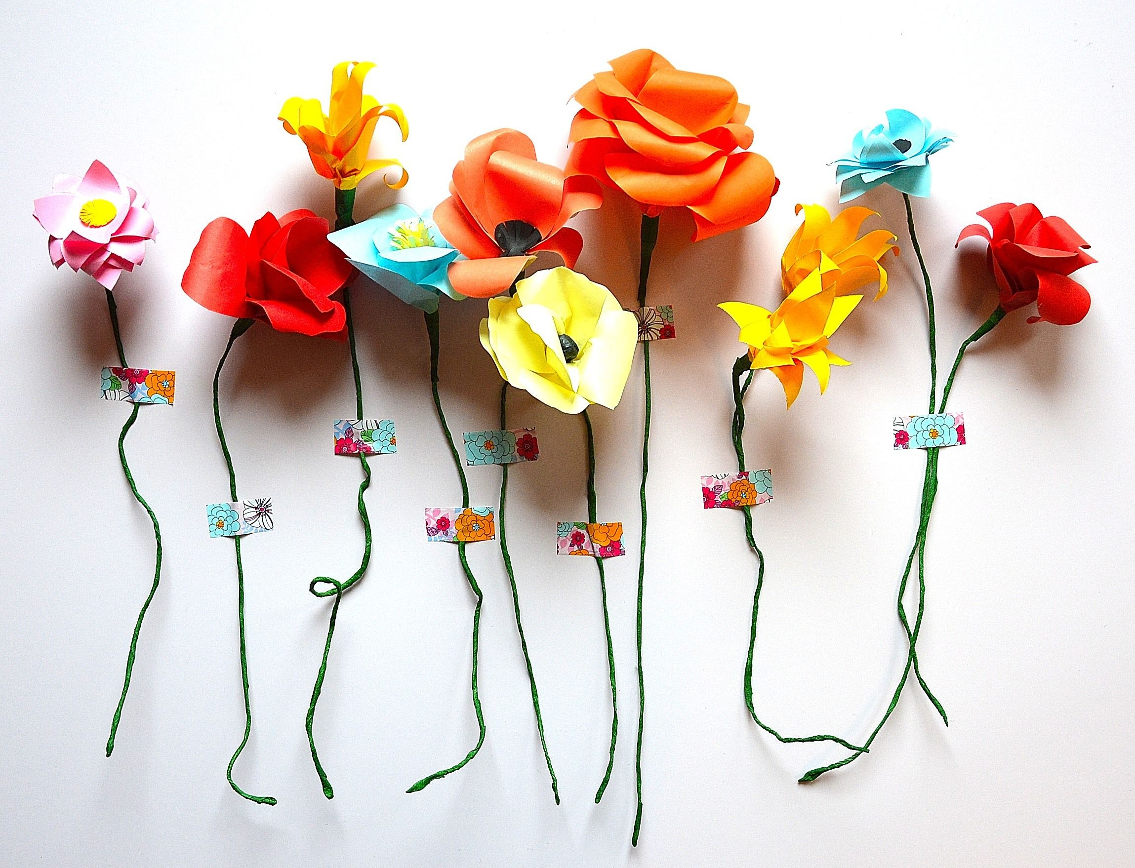 Happy Paperflowers wall , papercraft, paperart, paperflowers