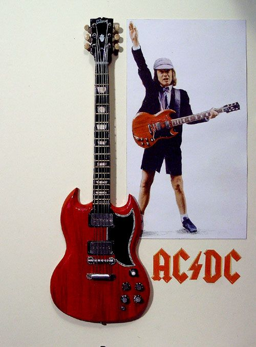 angus young red sg
