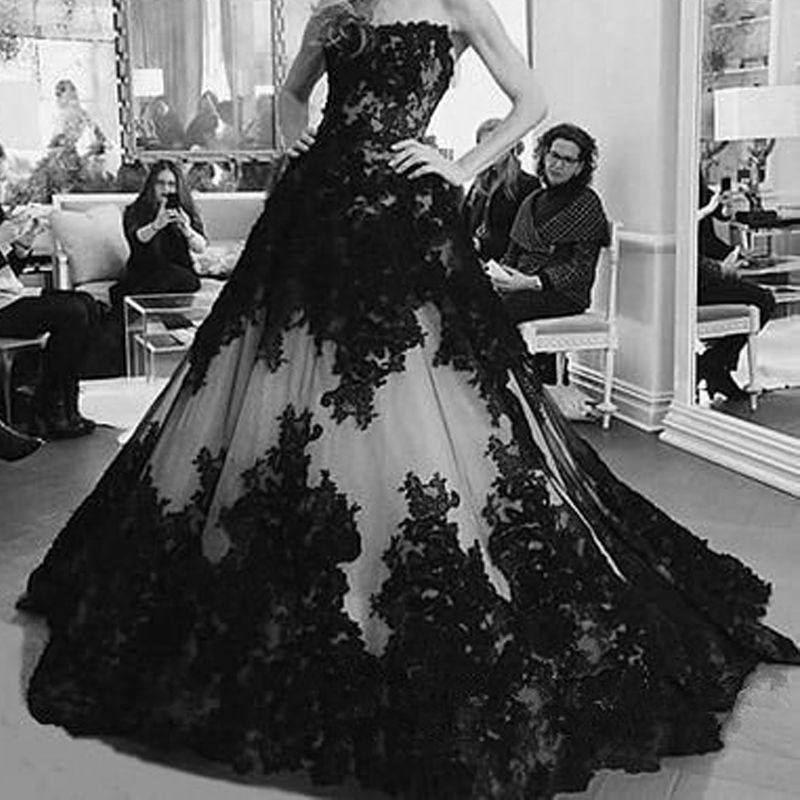 Vintage Black White Appliqued Gothic Wedding Dresses Floral Corset ...