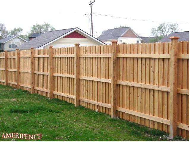 Privacy Wood Fence I Like The 3 Rails Make It 6 Feet Tall For