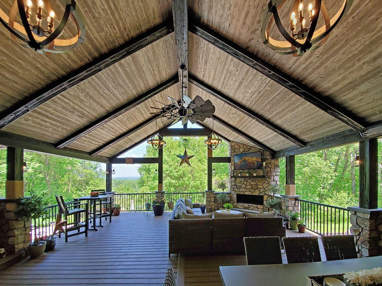 Barnwood Porch / Trex Deck - Exton, PA | 1095 Sq Ft | Keystone Custom Decks