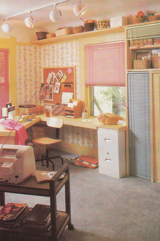 9 best vintage images on Pinterest Mid century bedroom, Room and
