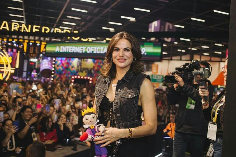Lana Parrilla Attending Ccxp Official Convention In Brazil December 6th 2019 Hello Beautiful Favorite Celebrities Evil Queen The audience asked, # ccxp19 answered. lana parrilla attending ccxp official