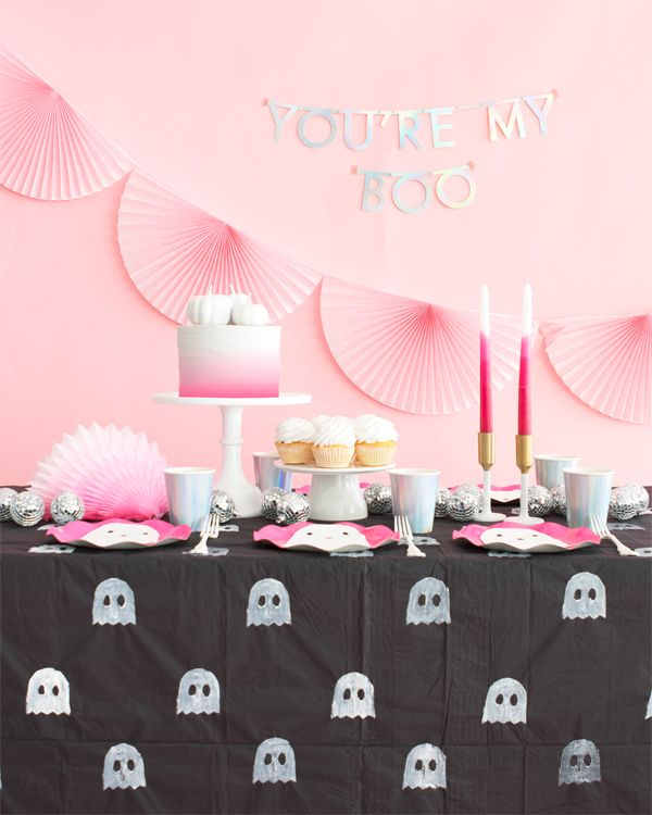 Ghost Tablecloth DIY (Oh Happy Day!)