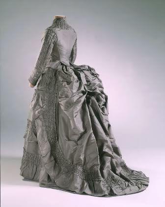 Victorian bustle wedding dress dress online uk for Victorian bustle wedding dress