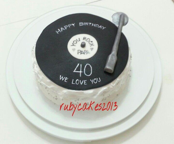 Pin By Caroline Orr On My Cake Creations Record Cake Music Birthday Cakes Yummy Food Dessert