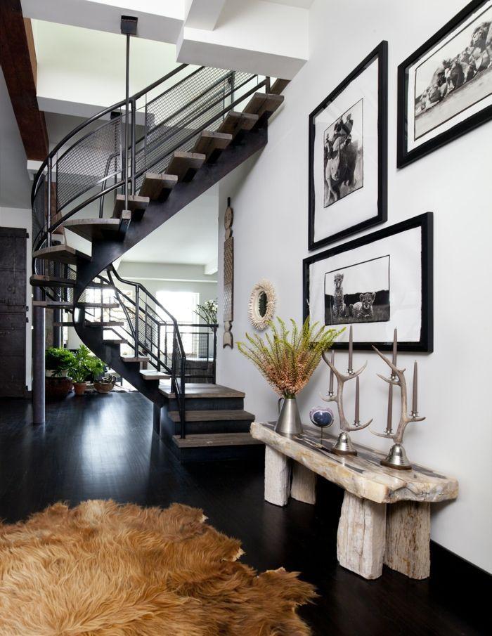 escalera caracol, salon moderno con elementos rusticos, banco de ...