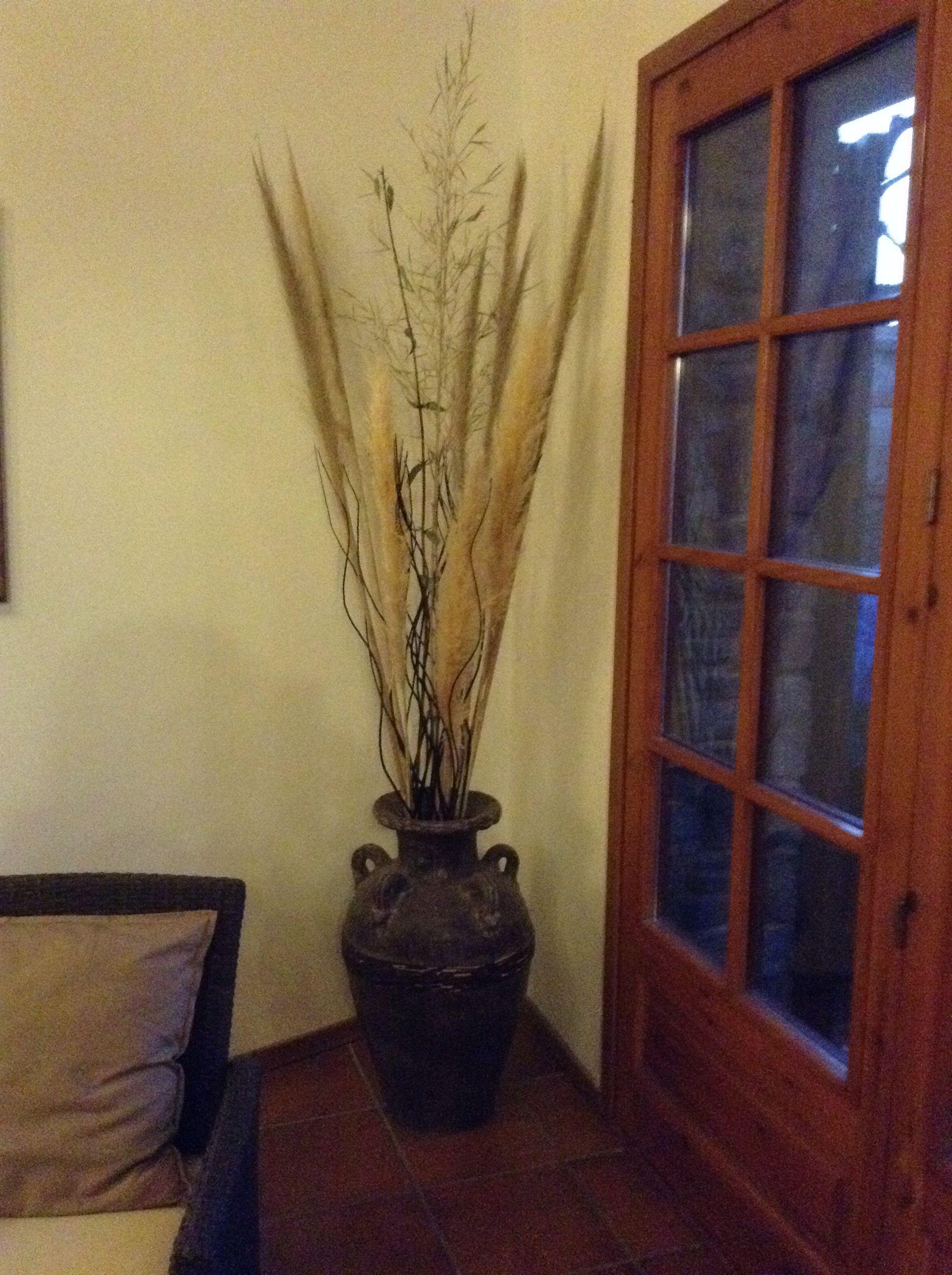 Vasija con flores secas jarrones de flores secas - Adornos flores secas ...