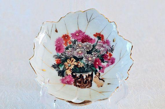 Vintage Leaf-shaped Porcelain Trinket Dish / by SharonTalson