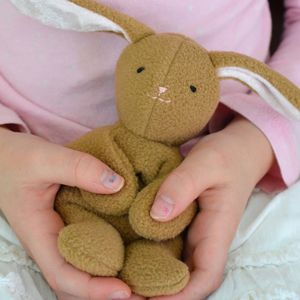 Spring bunny tutorial sew mama sew wonder if i could do this spring bunny tutorial sew mama sew wonder if i could do this with my little easter gifts negle Images