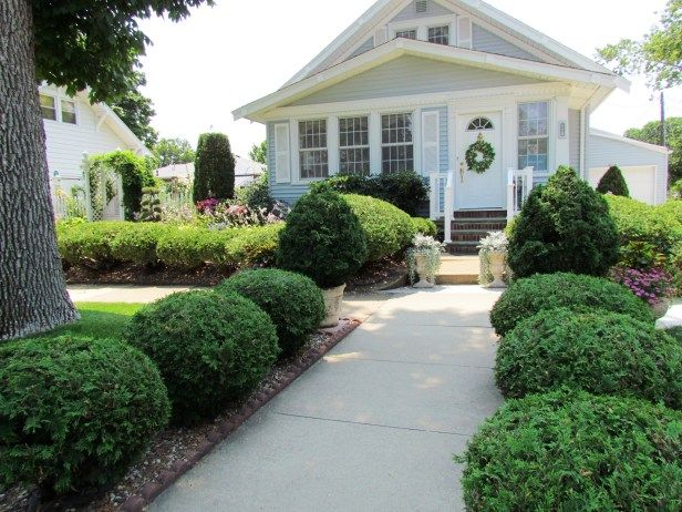 Steve Shares Photos Of His Beautiful 1922 Bungalow Garden   U003e Http://