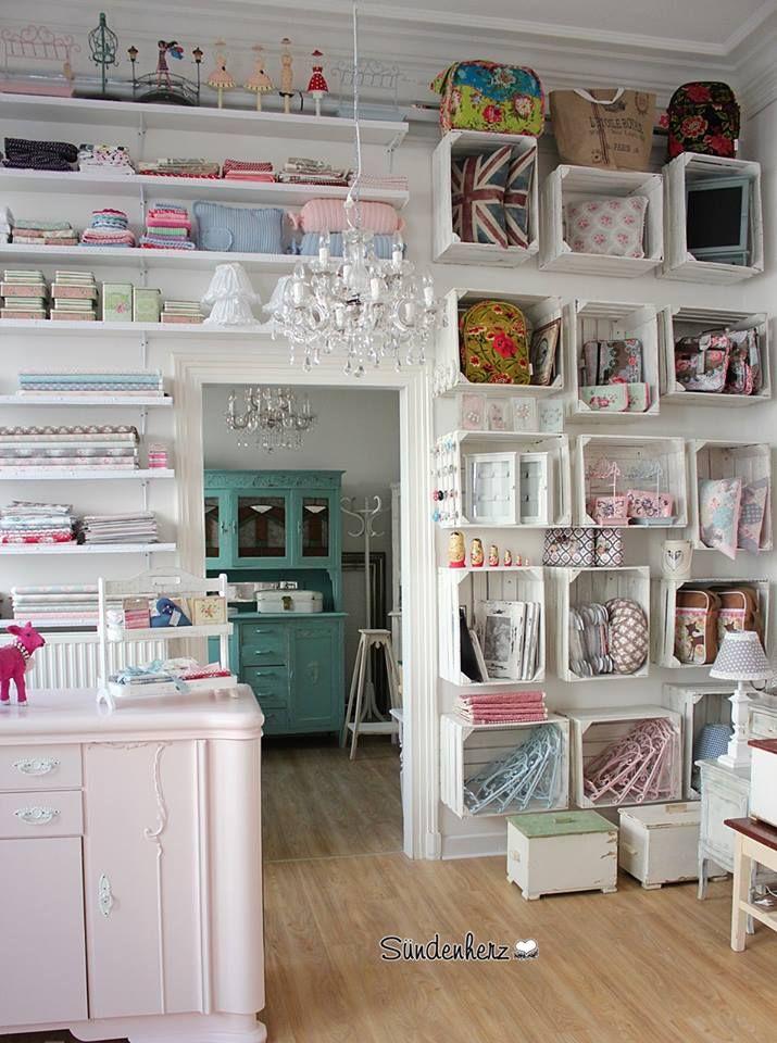 pin von ute hohmann auf ausstellungsraum pinterest m glicherweise n hzimmer und. Black Bedroom Furniture Sets. Home Design Ideas