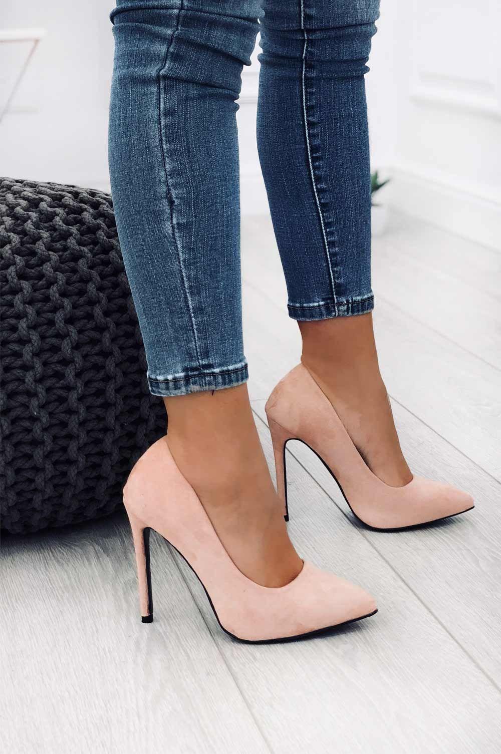 guarda bene le scarpe in vendita vestibilità classica San Francisco Pin di Alexandra su γοβες | Scarpe tacco alto, Scarpe con tacchi a ...