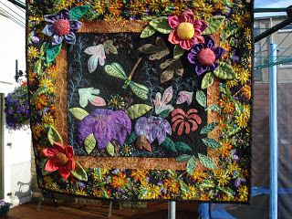 The Nifty Stitcher: Wall Hangings - Dragonfly Delight
