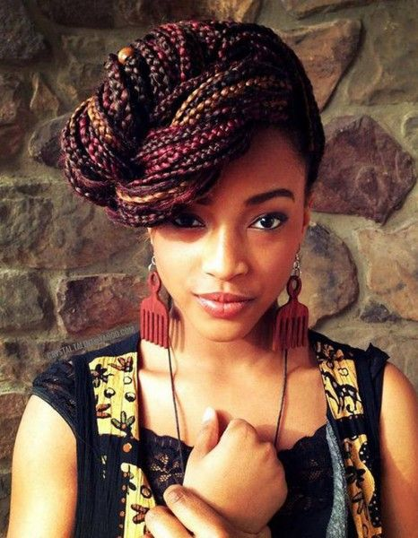 coiffure afro tresses nattes hiver 2015 coiffures afro les filles styl es donnent le ton. Black Bedroom Furniture Sets. Home Design Ideas