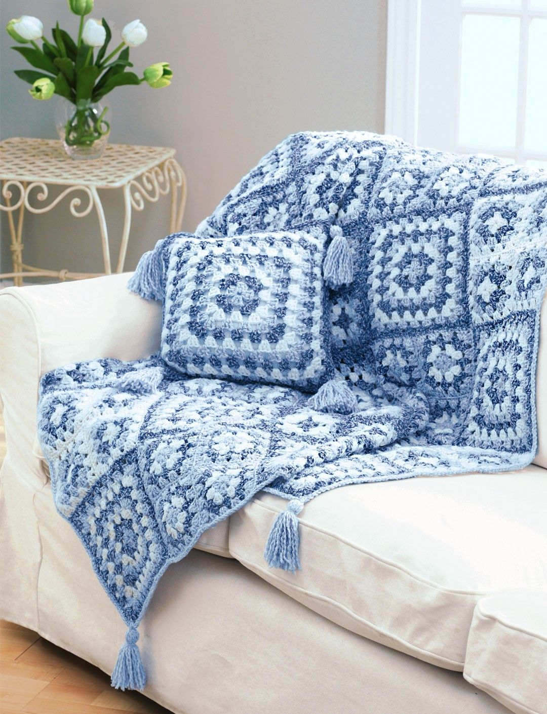 Crochet Granny Square Throw And Pillow - Free Crochet Pattern - (yarnspirations)