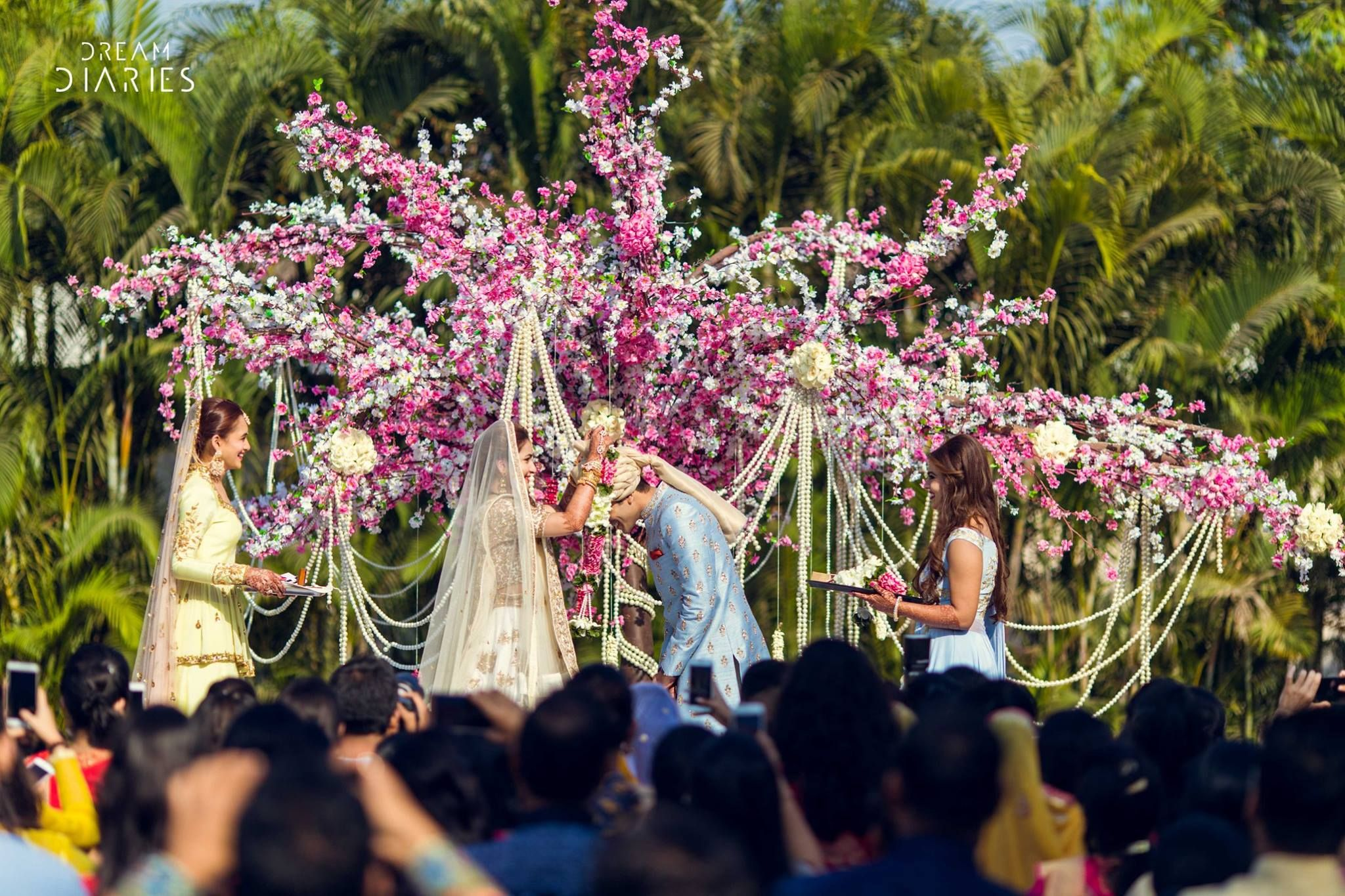 7 Fantastic Ideas To Steal From This Resort Wedding Resort Wedding Wedding Wedding Decorations