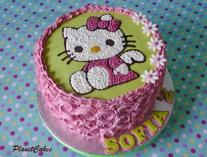 Hello Kittyfreehand piping with whipped cream Cakes Pinterest