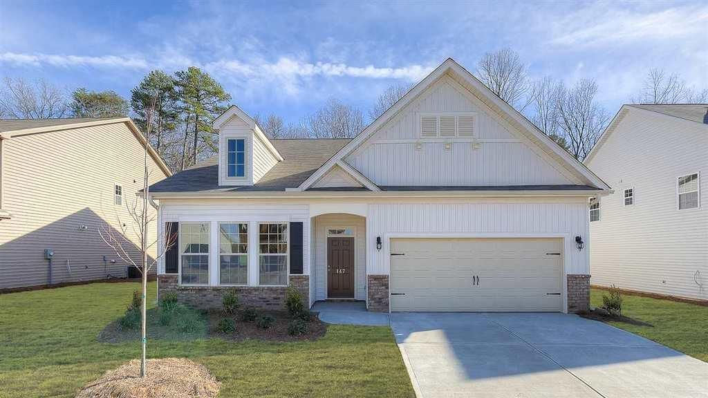 147 WILLOWBOTTOM DR, GREER, SC 29651  - MLS# 243296 - ZipRealty