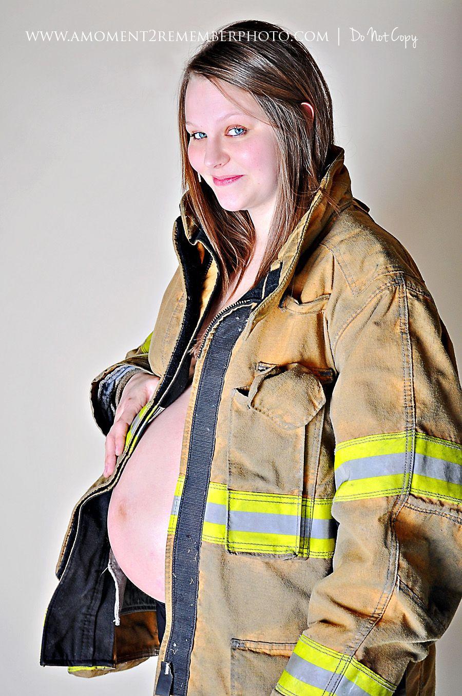 PIX: Gigi Hadids stunning maternity shoot - Rediff.com