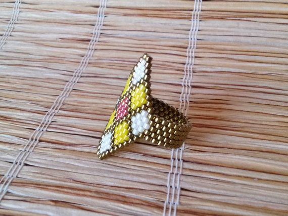 Romb Ring White Yellow and Red Seed Beads Ring by EleganceAndFun