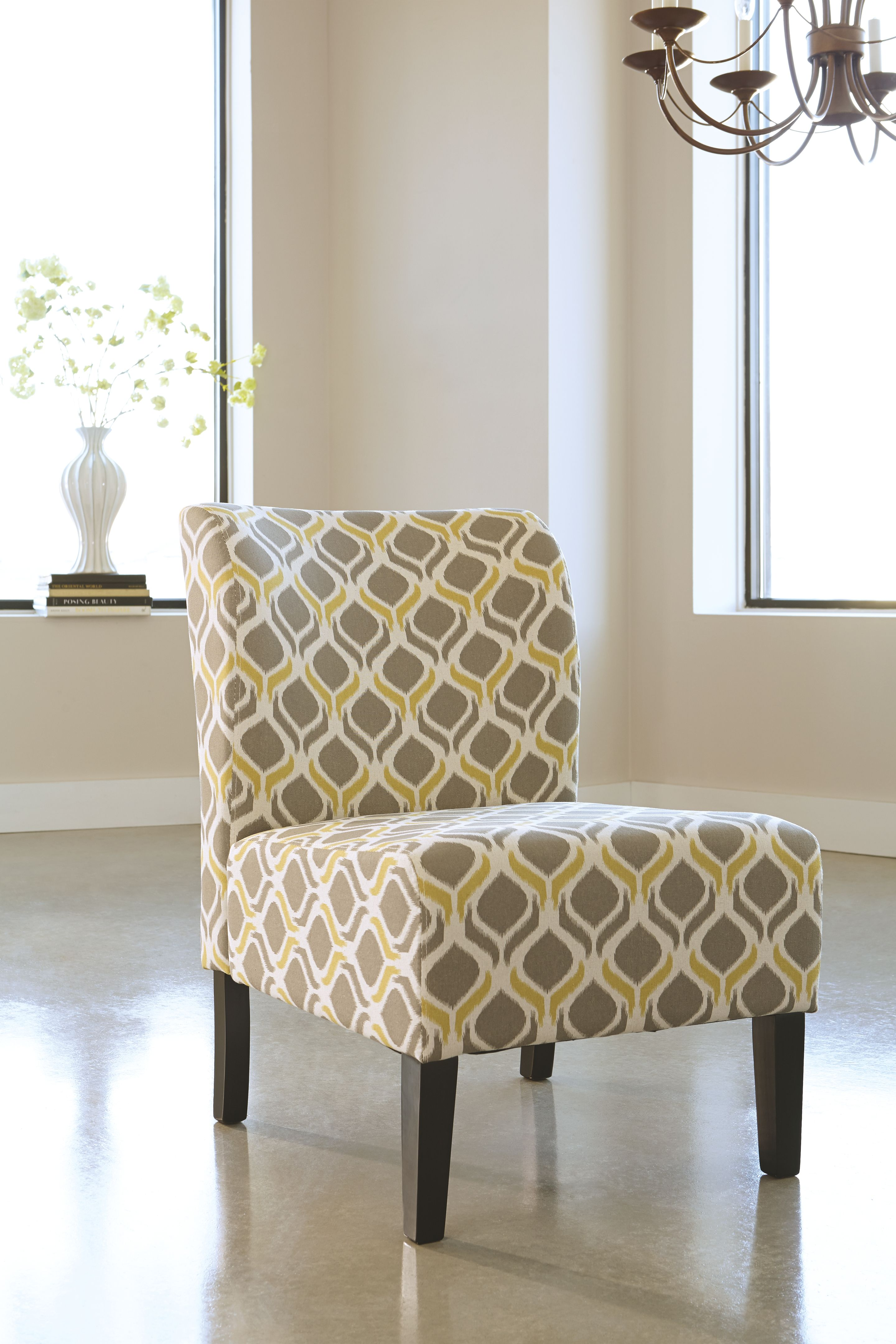 Honnally Accent Chair With Images Upholstered Accent Chairs