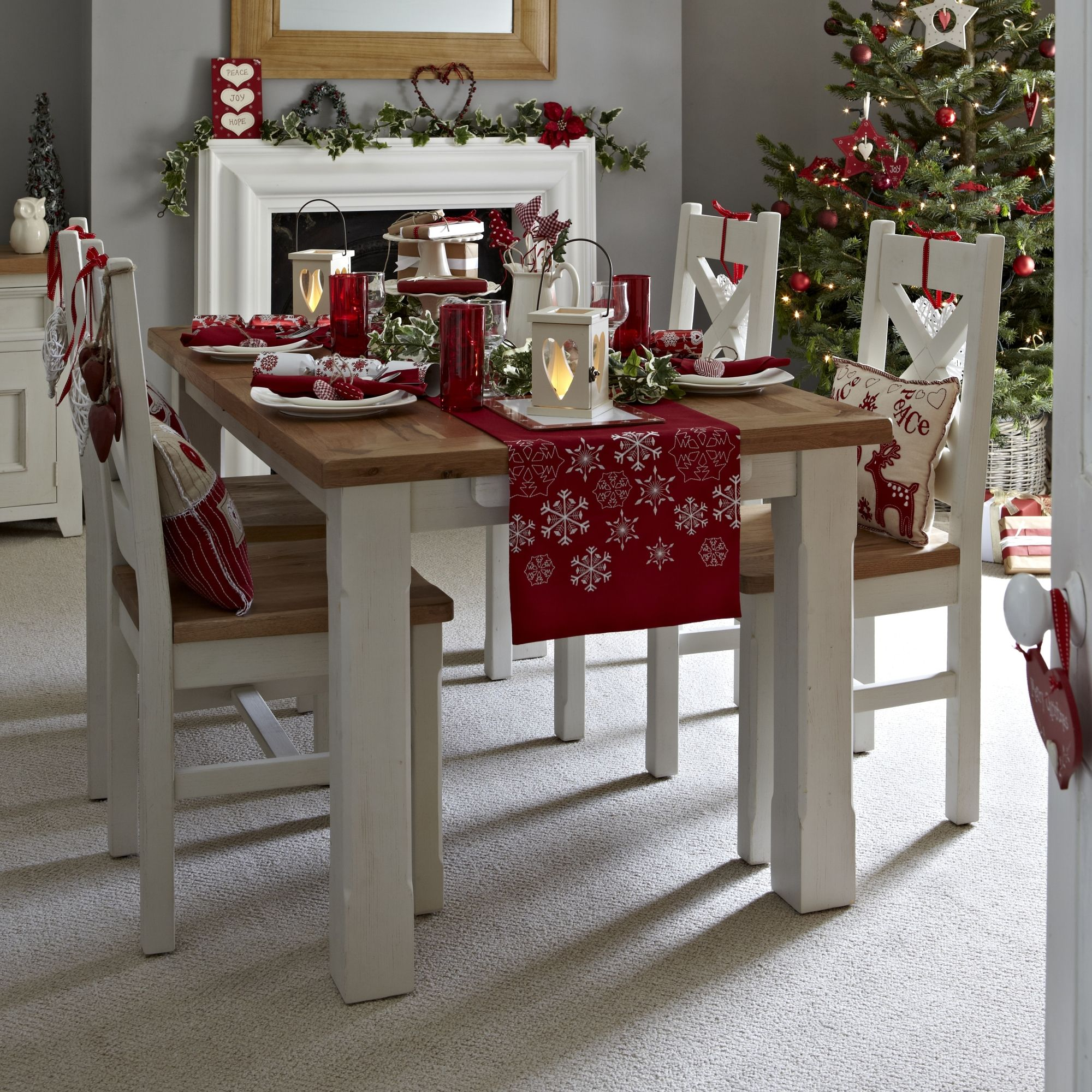 Fine Dining This Christmas Interior Diningroom All Furniture Accessories Sup Christmas Dining Table Decor Christmas Dining Room Christmas Room Decor