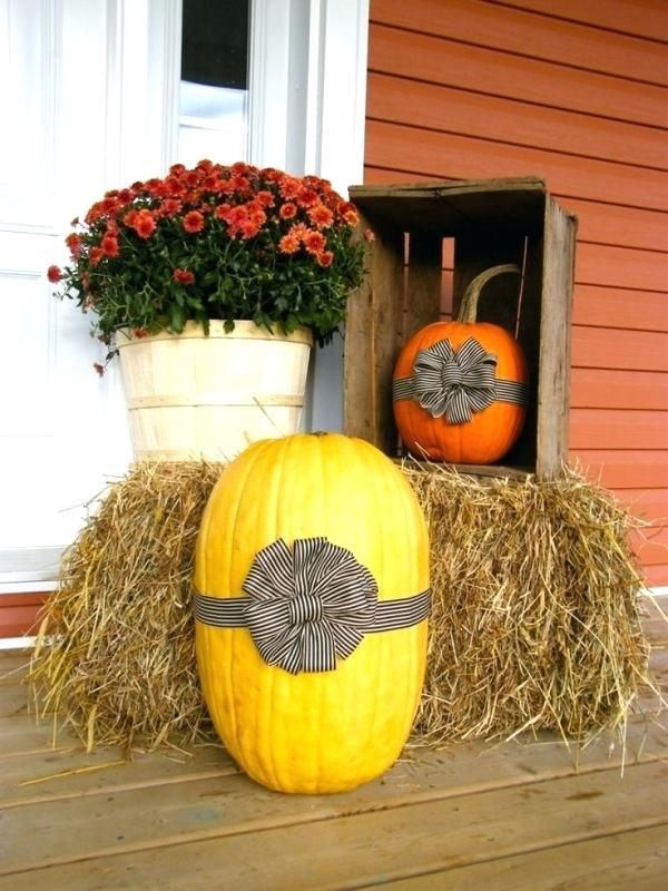 30+ Creative, Crazy and Creepy Outdoor Halloween Decor Ideas