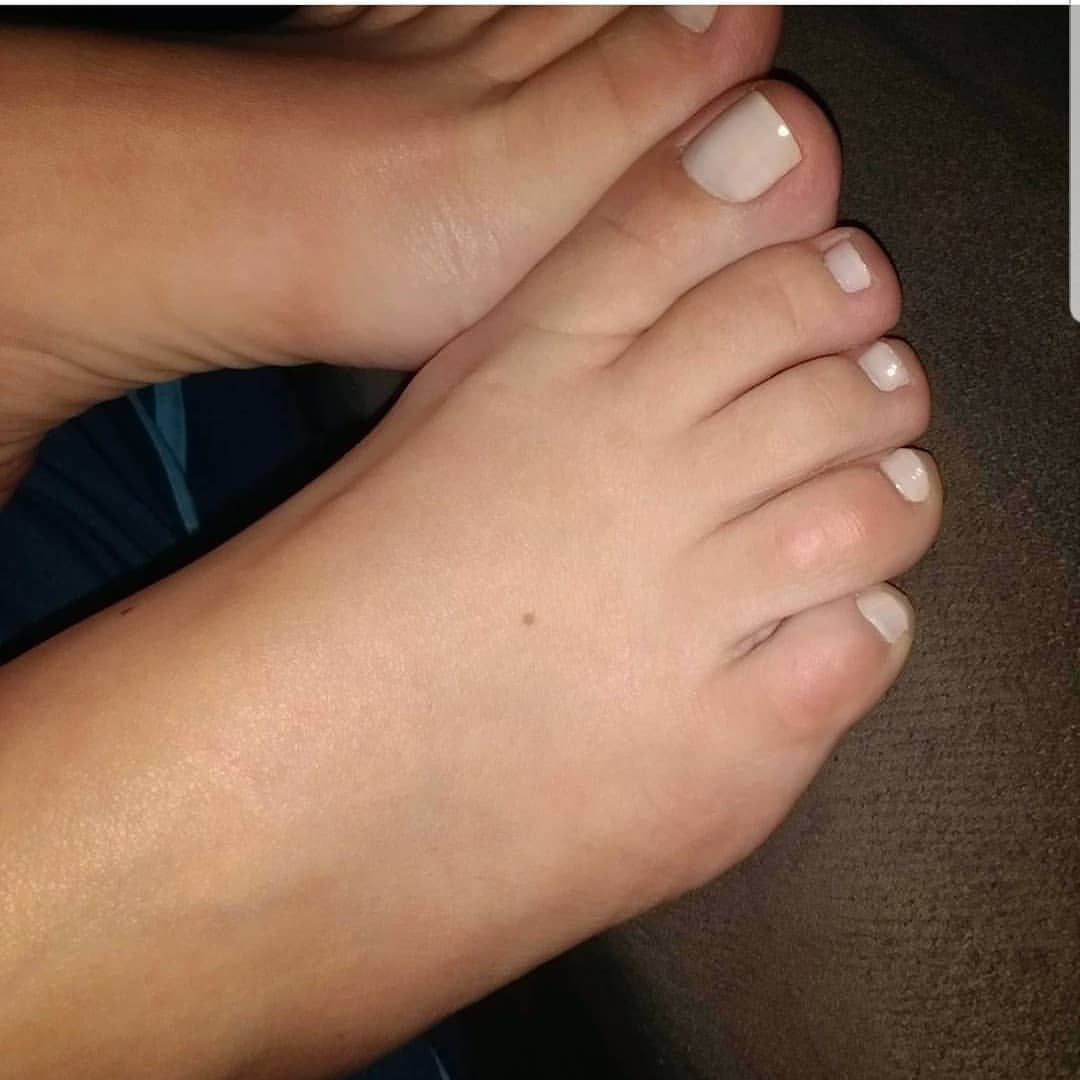 Ronda Rousey Feet And Legs 23 Sexiest Celebrity Legs And Feet