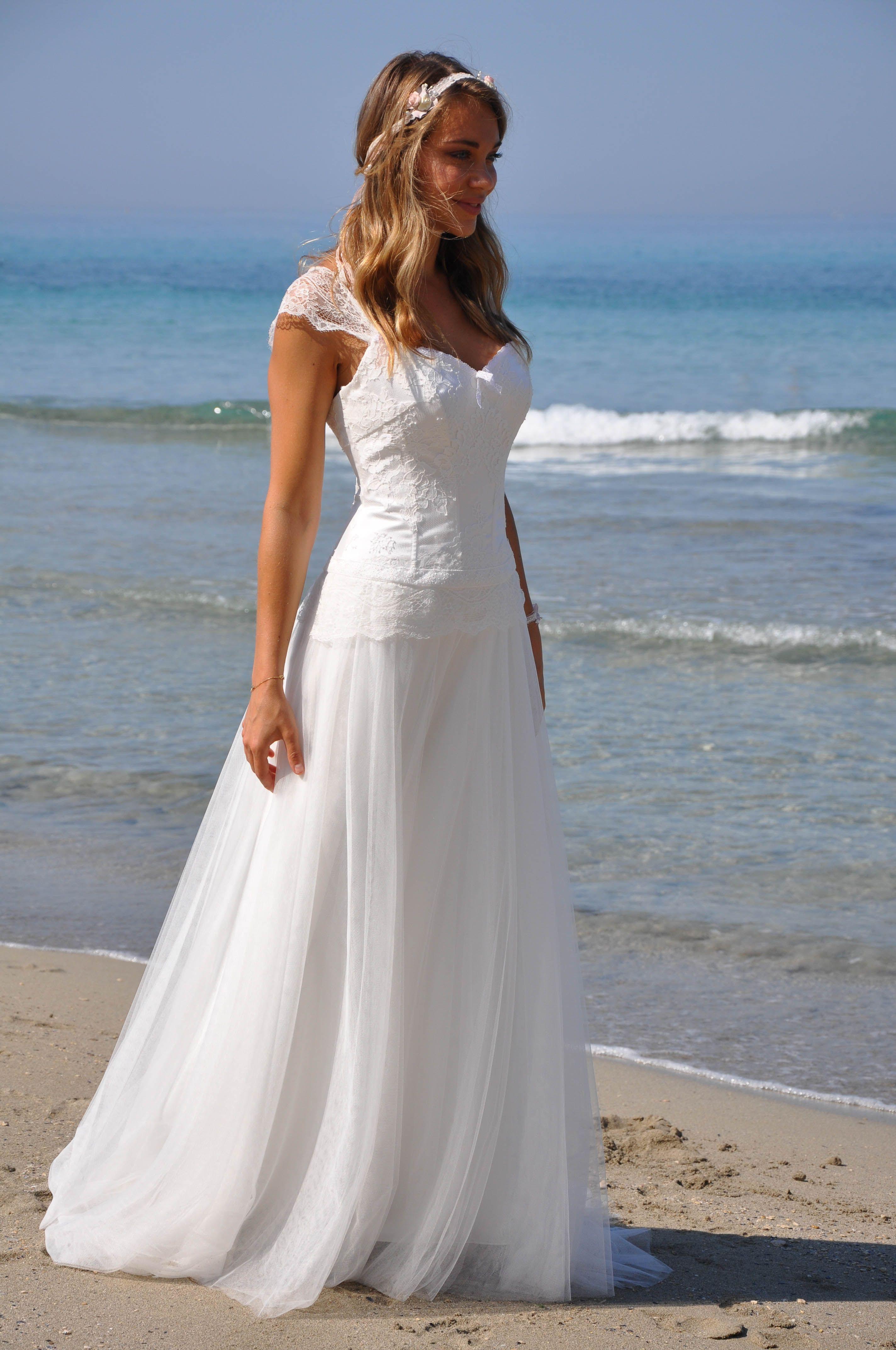 robe de mariée bohème en dentelle et mousseline