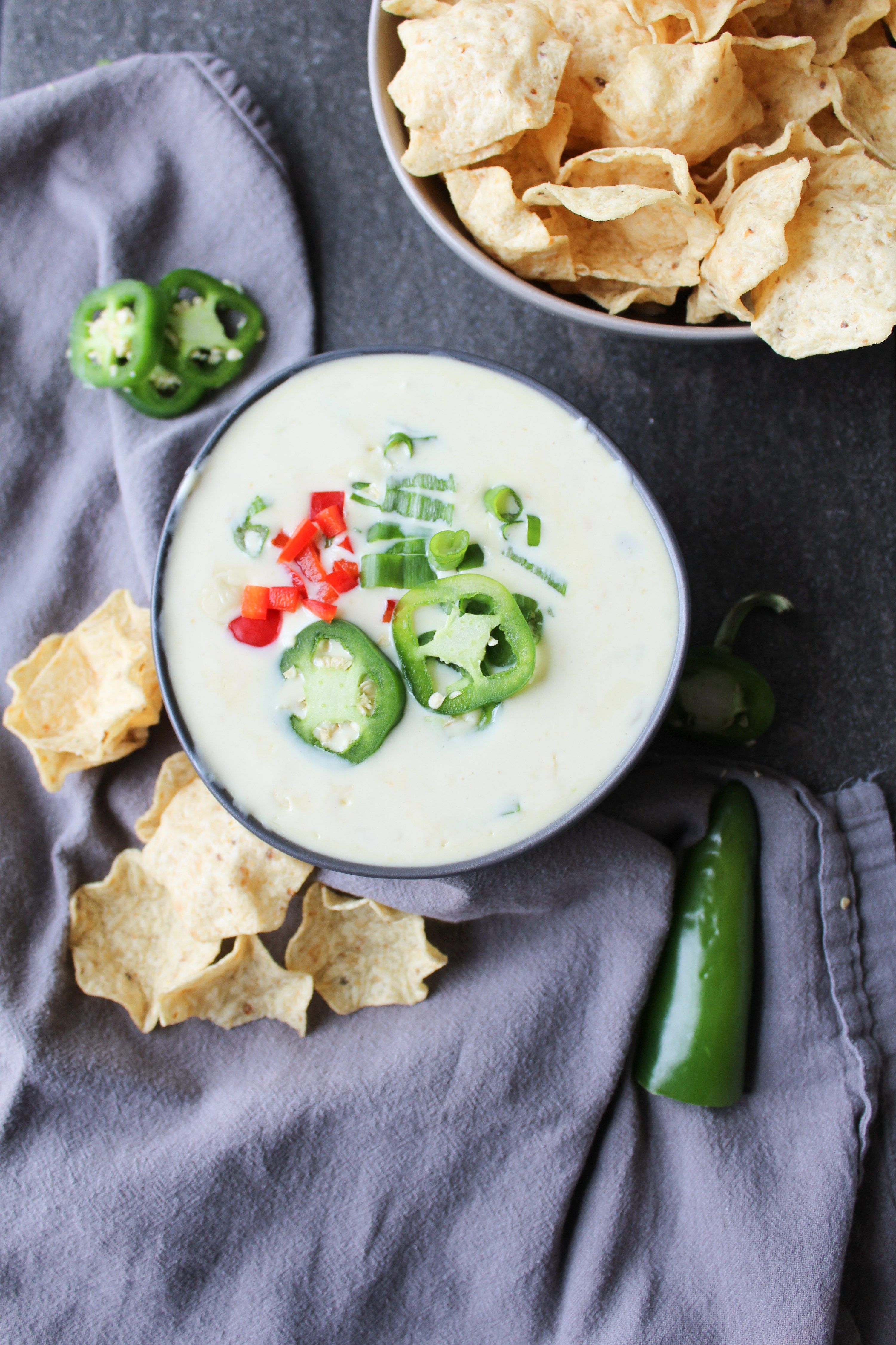 Easy Spicy Queso Dip