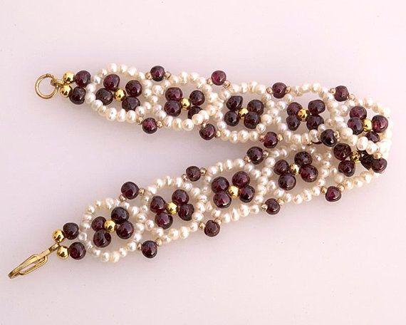 Pearl and garnet bracelet January birthstone June birthstone Vintage style white red bracelet Gemstone jewelry Beadwoven bracelet B142
