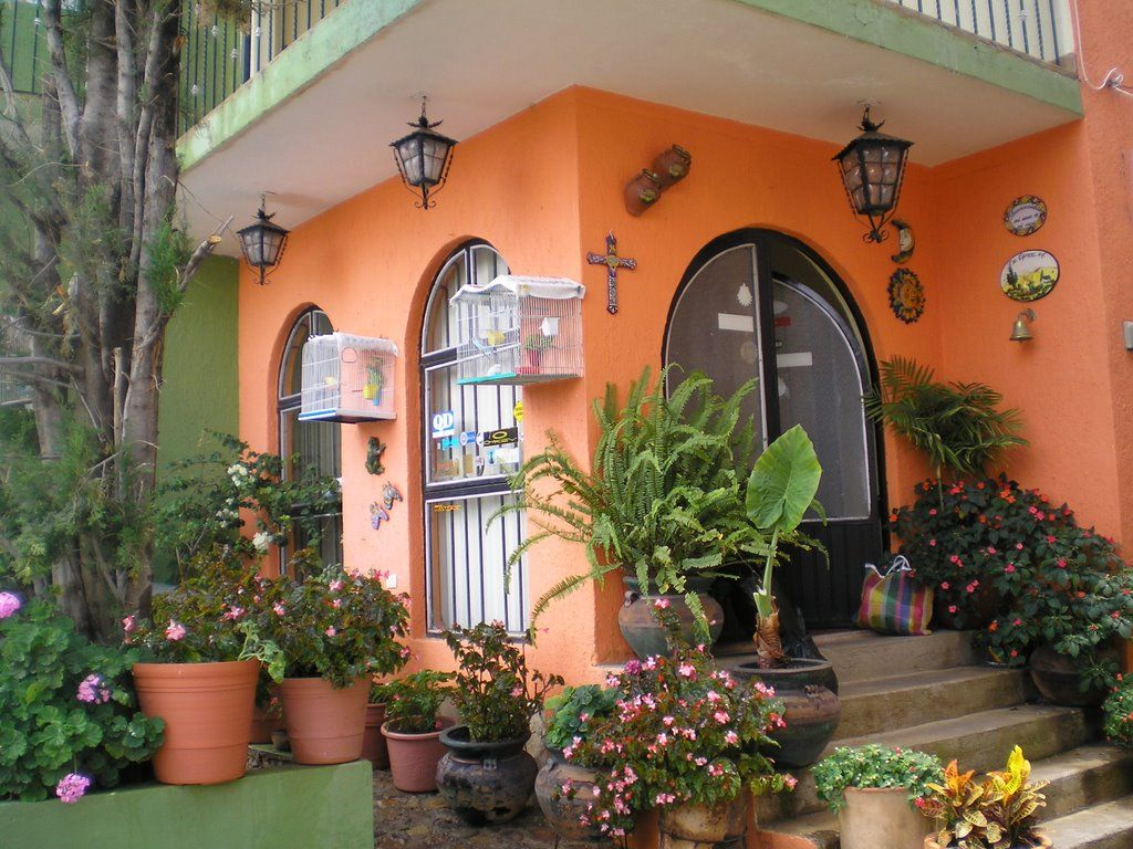 Fachada rustica de casa tipica de guanajuato m xico - Entradas de casas rusticas ...