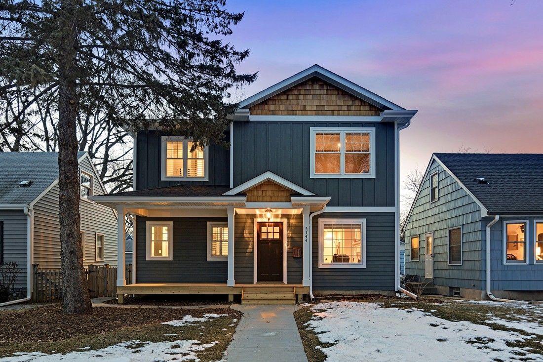 edb8a8916bab6cafb0940799e1aa279d Grey Cedar Shake House Plans on one story, for siding,