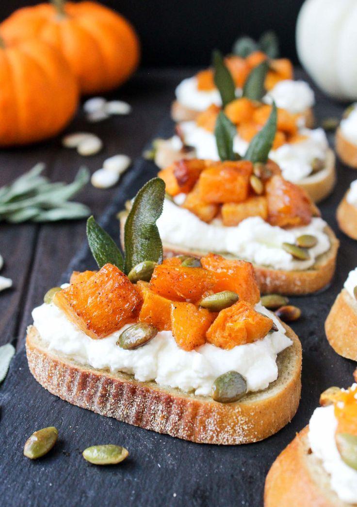 Karamellisierte Butternut & Trüffel Ricotta Toast - Wry Toast   - Thanksgiving -