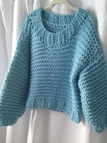 Free knit pattern....chunky Chill Chaser Sweater pattern by Brelor ...