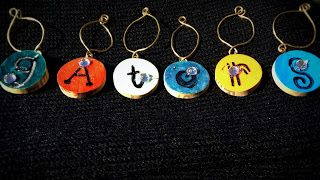 o.m.genius: November 2013 DIY wine charms made from recycled wine corks.  Great for tailgating and party favors.