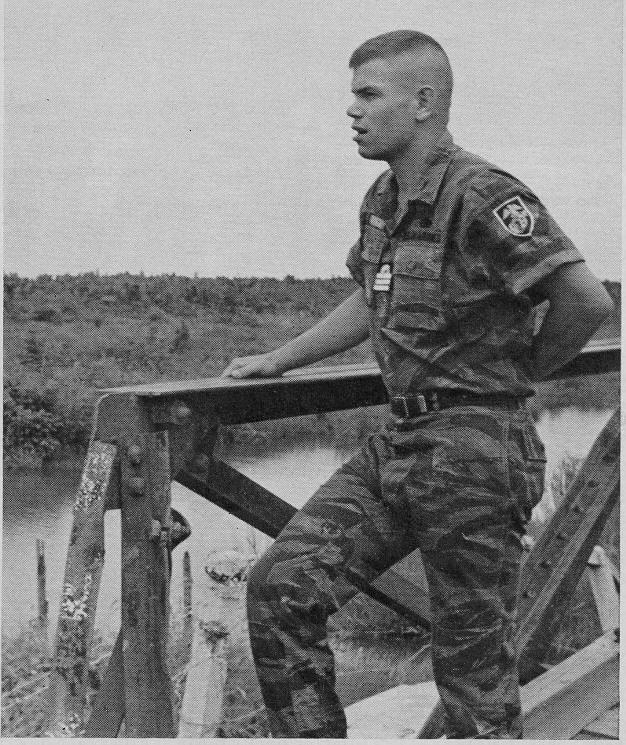 Vietnam LRRPs, USAF Pararescue & CCT, Marine