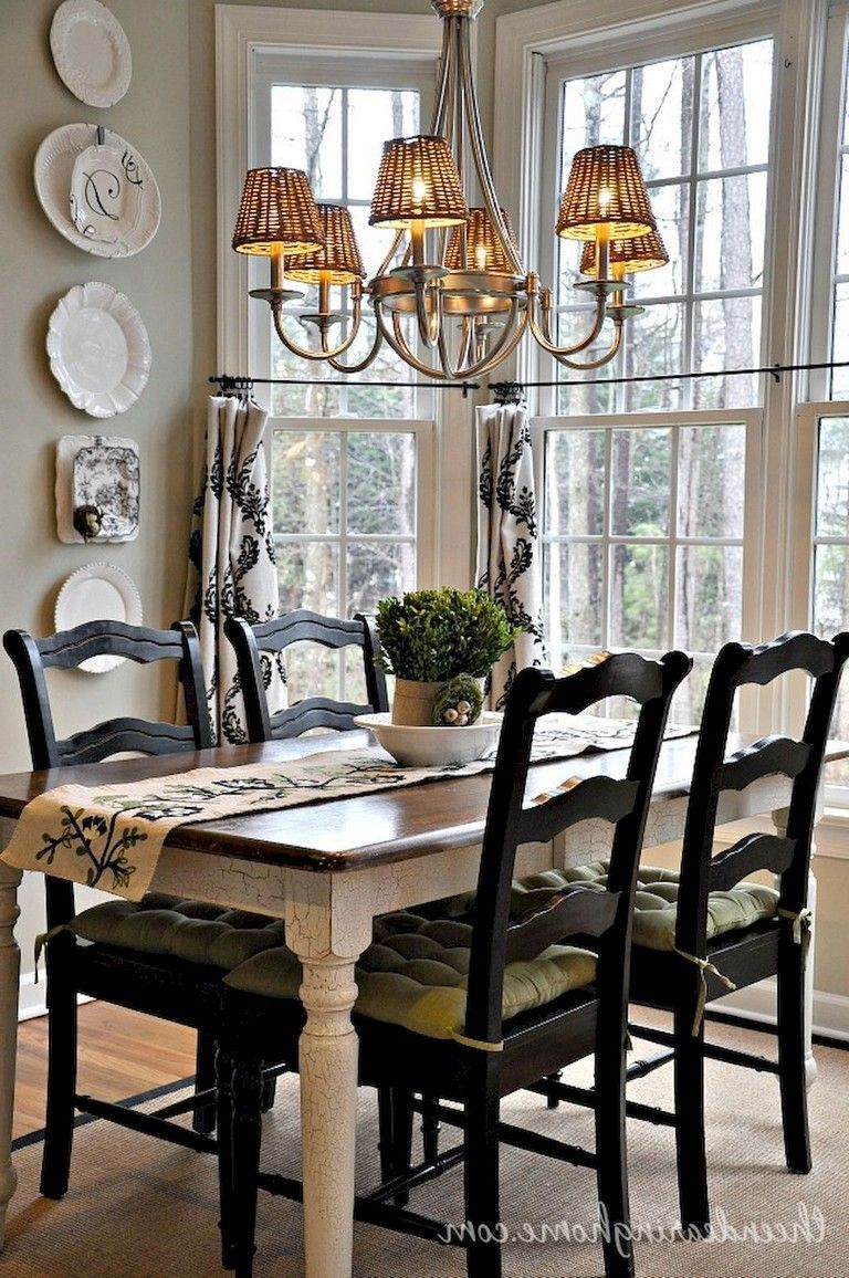 Popular Luxurious Small Dining Room Decorating Ideas 24 French