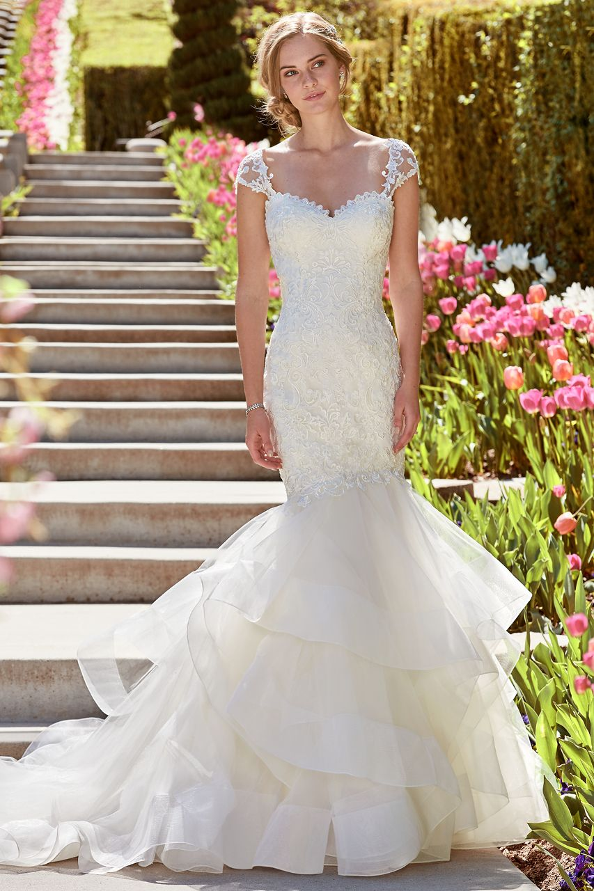 Wedding gown gallery horsehair lace bodice and mermaid wedding
