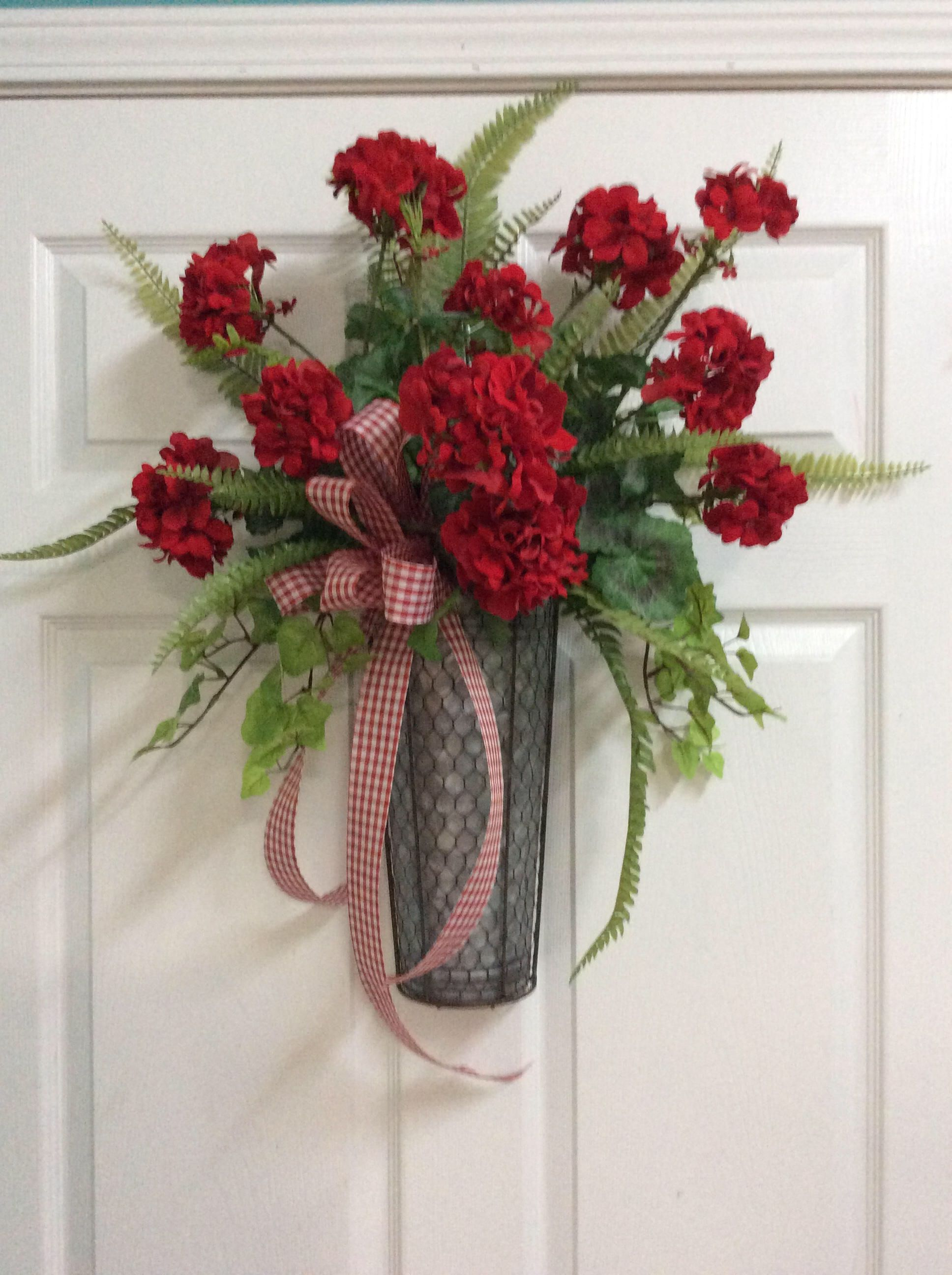 Red Geranium Door Arrangement Red Geraniums Red Door Decoration