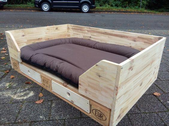 hundek rbchen aus paletten 2 palette pinterest. Black Bedroom Furniture Sets. Home Design Ideas