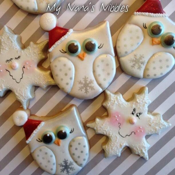 Christmas owl cookies by My Nana's Nibbles Re-Pinned by www.myowlbarn.com