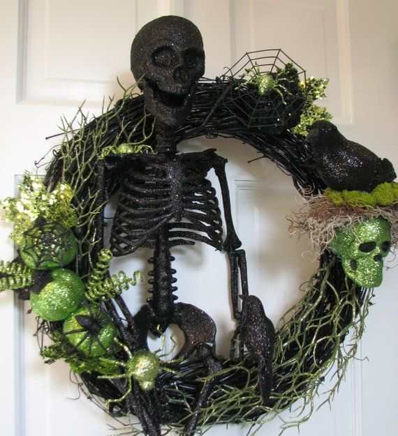 The Black Skeleton - Oh So Spooky Halloween Wreath - Scary Halloween
