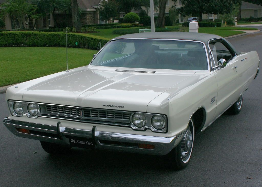 TWO OWNER RUST & ACCIDENT FREE CAR BUCKETS AND CONSOLE 1969 PLYMOUTH ...