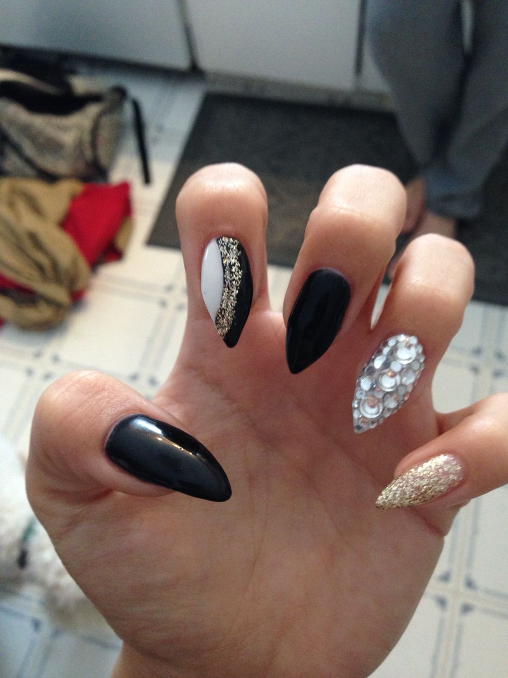 New Years nails | Almond Nails | Pinterest | Makeup, Manicure and ...