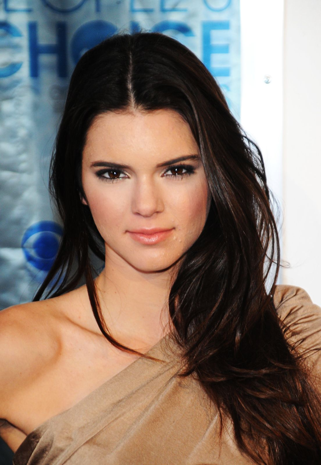 The Kendall Jenner Primer: Why We Are Watching Her #refinery29  http://www.refinery29.com/2014/05/68026/kendall-jenner-career#slide7  Again, Jenner made her way into glossies, appearing on the cover of American Cheerleader. She and Kylie both cheered in high school.